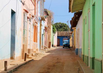 In den bunten Gassen von Trinidad unterwegs
