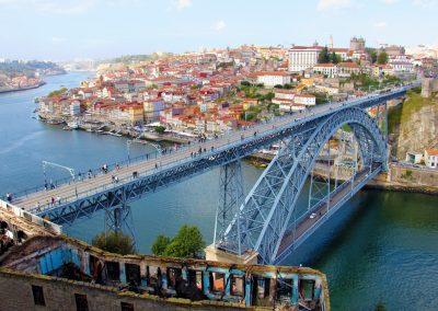 Ausblick vom Kloster Mosteiro da Serra do Pilar auf Porto und die Brücke Dom Luís I