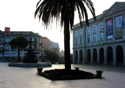 In den Morgenstunden vor der Universidade do Porto