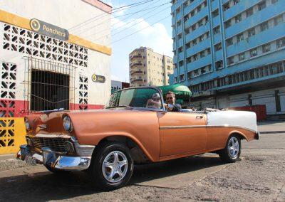 Mit dem Oldtimer unterwegs in Havanna