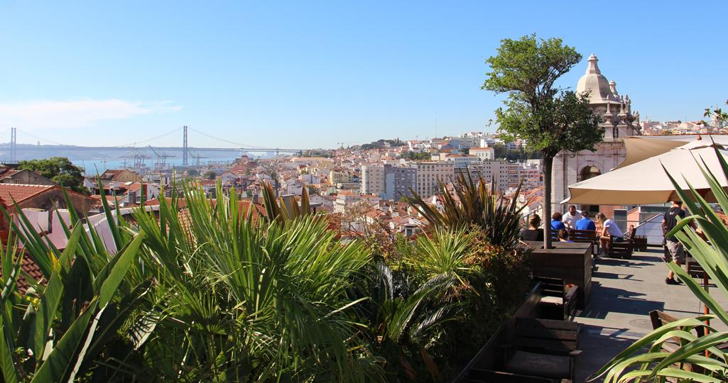 """Das """"Park"""" – eine Bar auf einem Parkhaus in Lissabon mit toller Aussicht und Cocktails"""