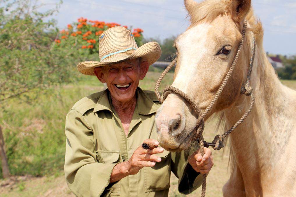 Tabakbauer in Valle de Vinales – die Lebensfreude der Kubaner ist einfach ansteckend!